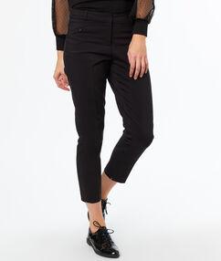 Pantalon cigarette noir.