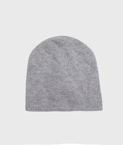 Bonnet en cachemire gris chine clair.