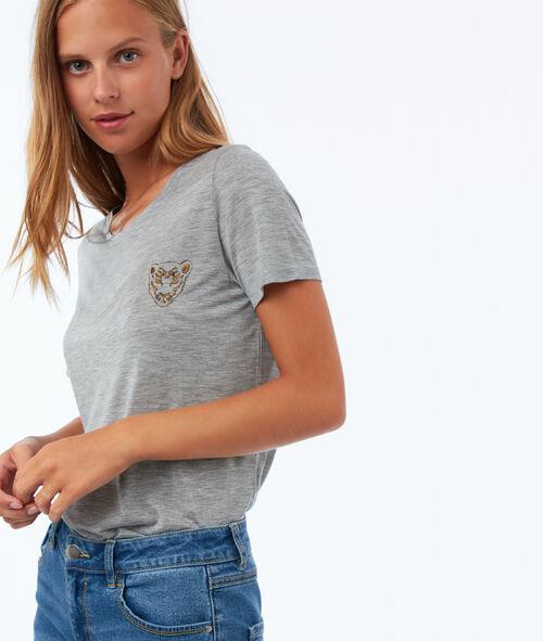 T shirt avec broderie