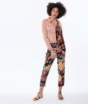 Veste boutonnée en jean abricot.