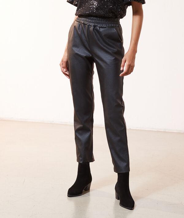 Pantalon taille smockée, effet cuir