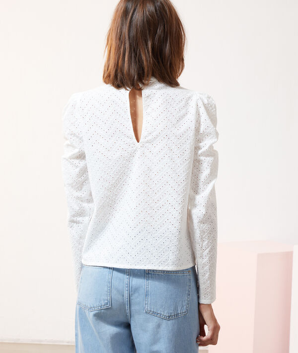 Blouse broderie anglaise, manches gigot