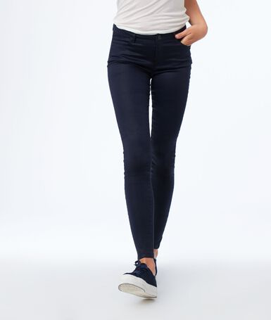 Pantalon slim effet enduit bleu marine.
