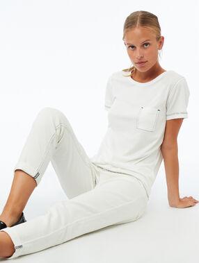 T-shirt col rond avec poche écru.