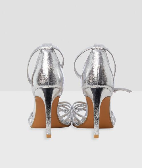 Sandales à talons hauts aiguilles