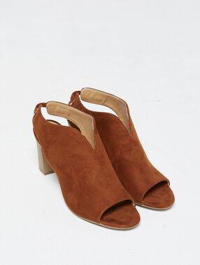 Sandales à talons effet daim camel.