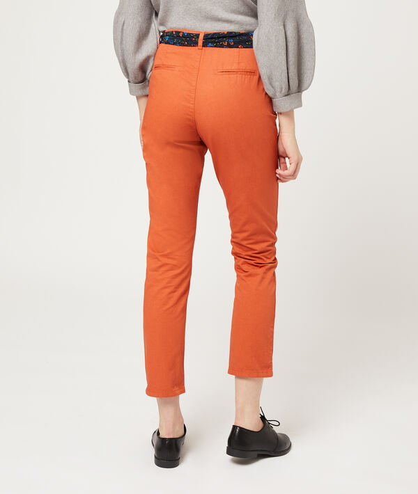 Pantalon droit avec foulard