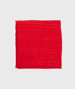 Foulard uni rouge.