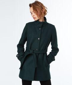 Manteau 3/4 en laine avec col montant kaki.