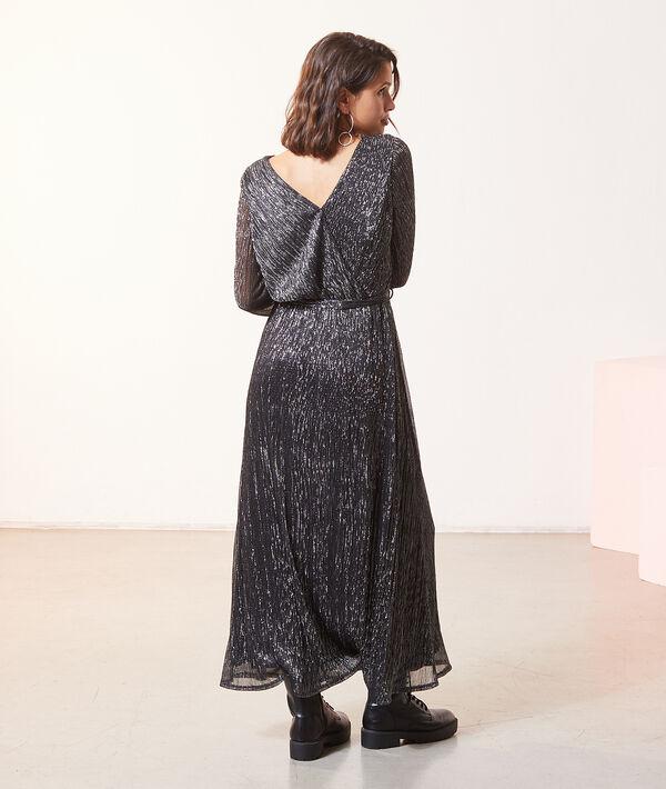 Robe longue à fils métallisés