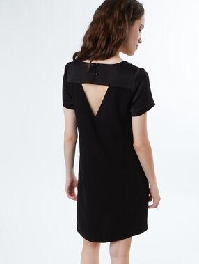 Robe formelle col v noir.