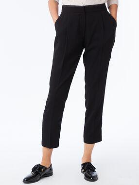 Pantalon carotte noir.