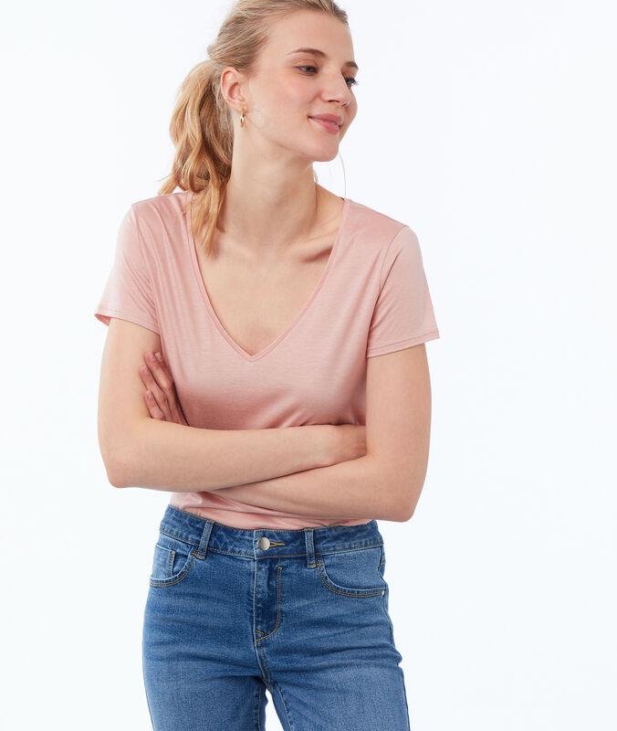 T-shirt uni col v rose pâle.
