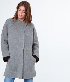 Veste mi-longue gris chine moyen.