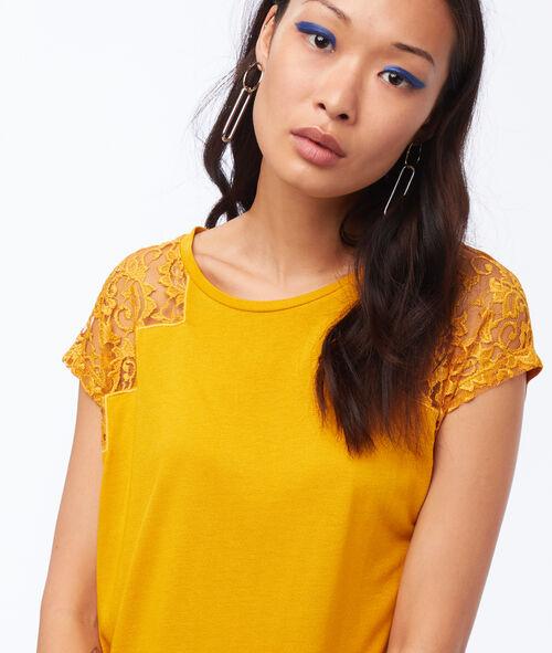 T-shirt empiècement dentelle