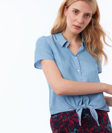 Chemise à nouer en tencel® bleu clair.