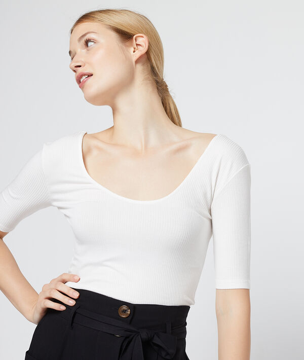 T-shirt côtelé dos décolleté