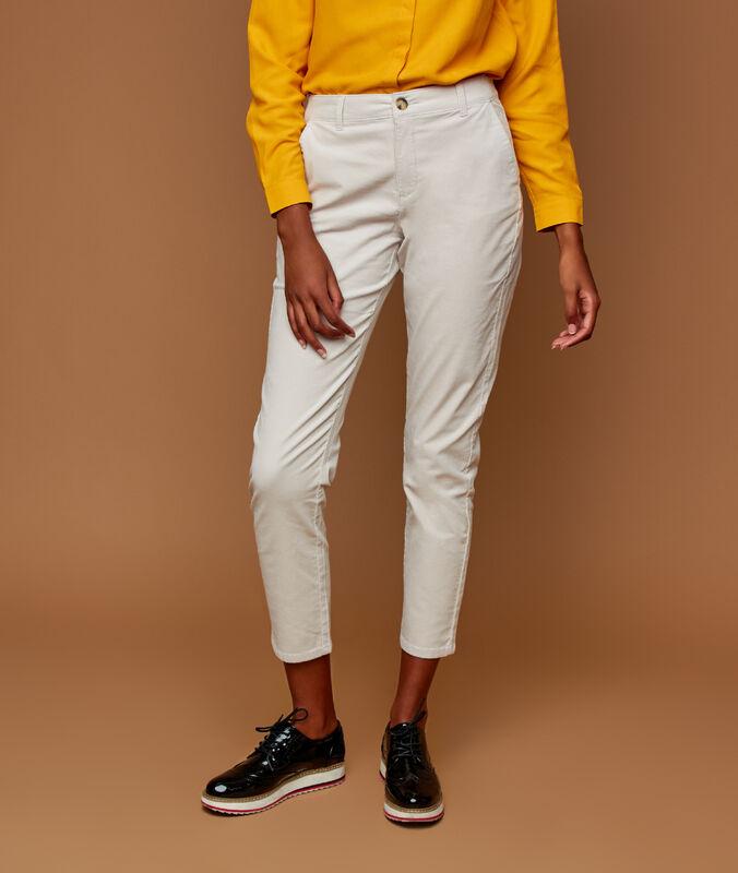 Pantalon en velours 7/8 blanc.