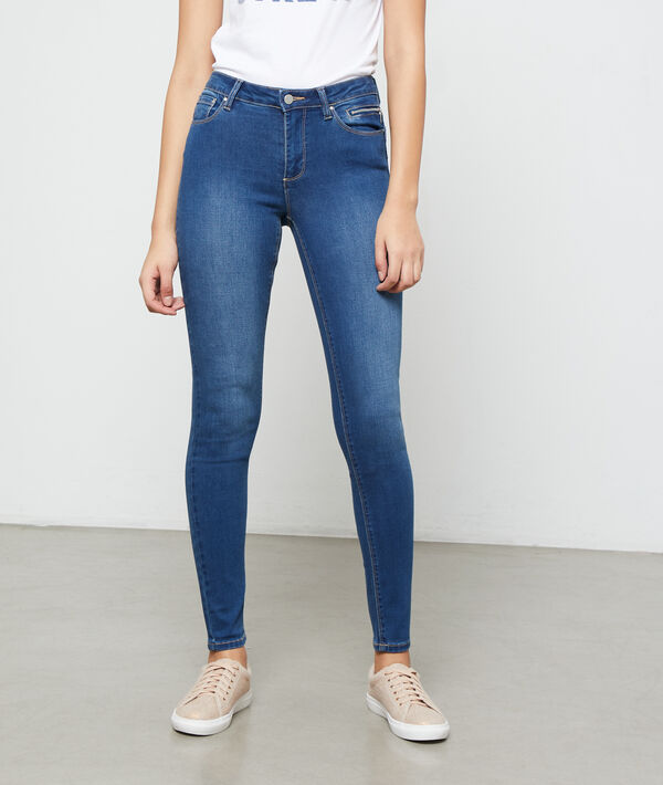 Jean slim effet push up