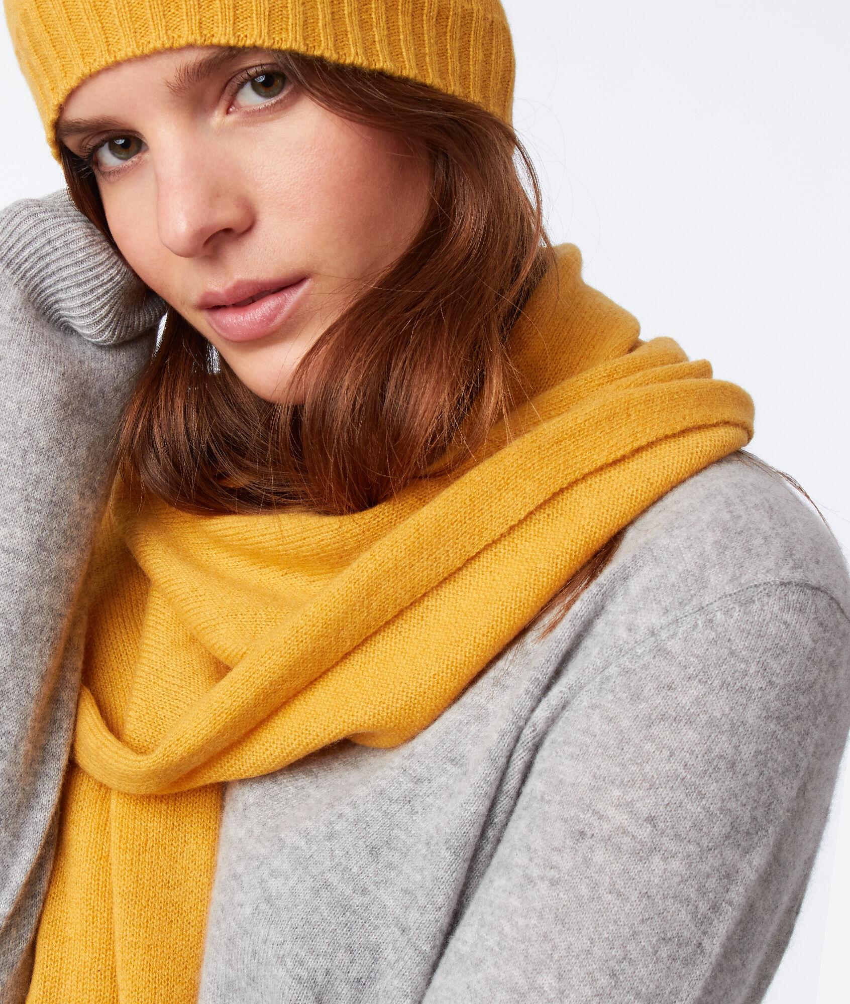 Ensemble bonnet   écharpe 100% cachemire - VENUS - JAUNE - Etam f51ca82120f
