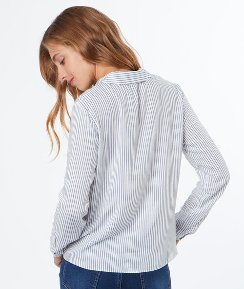Blouse à fines rayures