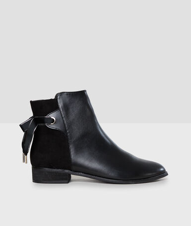 Bottines fantaisies noir.