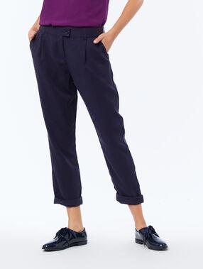 Pantalon carotte en tencel® bleu marine.