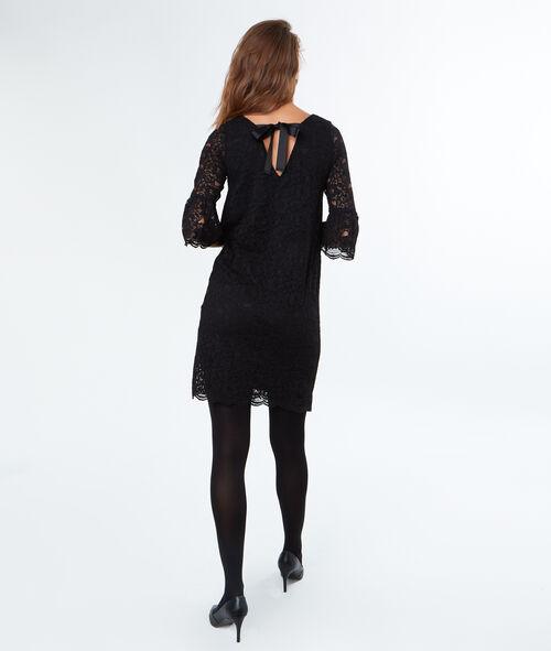 Robe dentelle nœud au dos