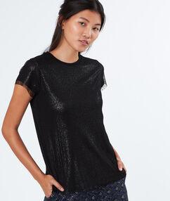 T-shirt habillé noir.