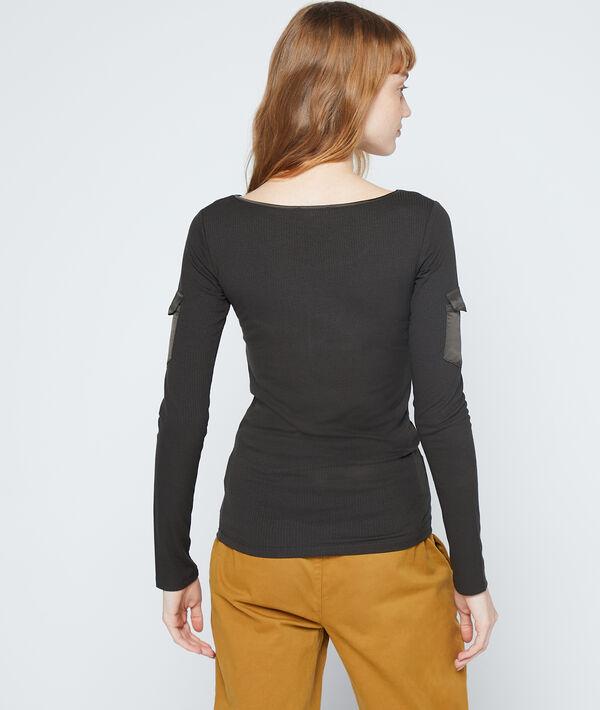 T-shirt côtelé à poches