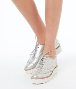 Chaussures derby à semelle compensée argenté.