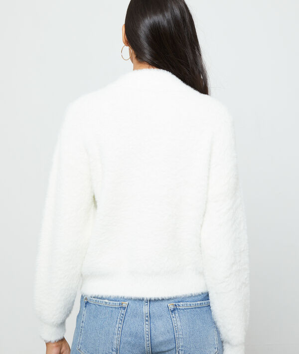 Pull col montant en maille fluffy