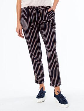Pantalon carotte avec ceinture bleu marine.
