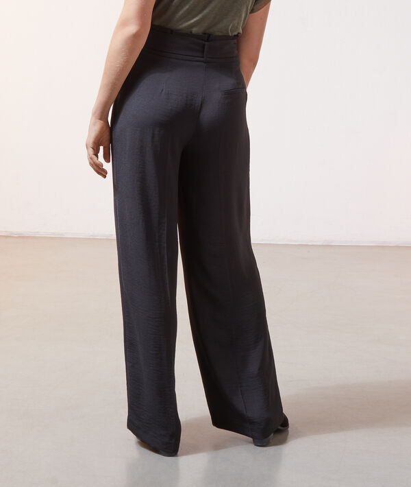 Pantalon large à nouer