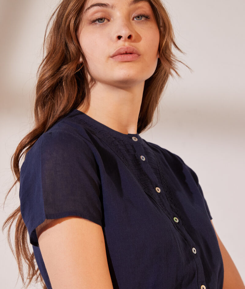 Robe chemise ceinturée détails en dentelle