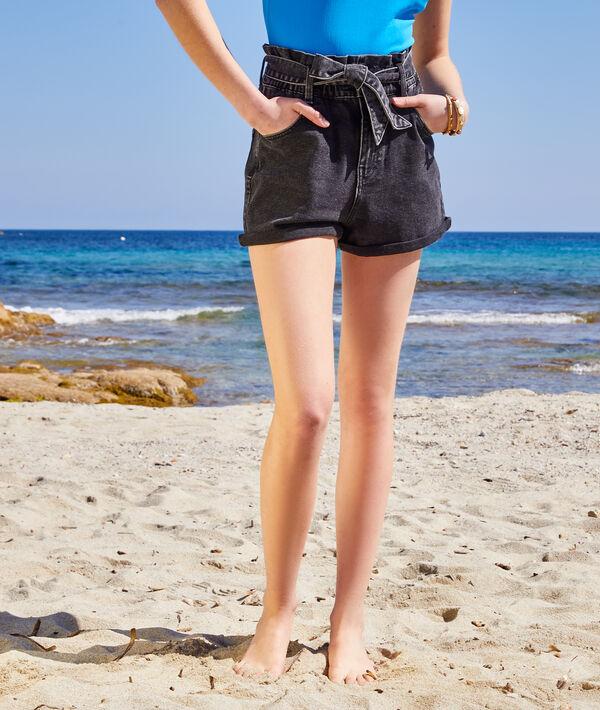 Short en jean taille haute ceinturé