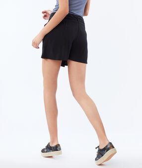 Short avec ceinture en tencel® noir.
