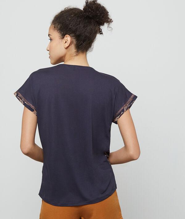 T-shirt à motifs girafes