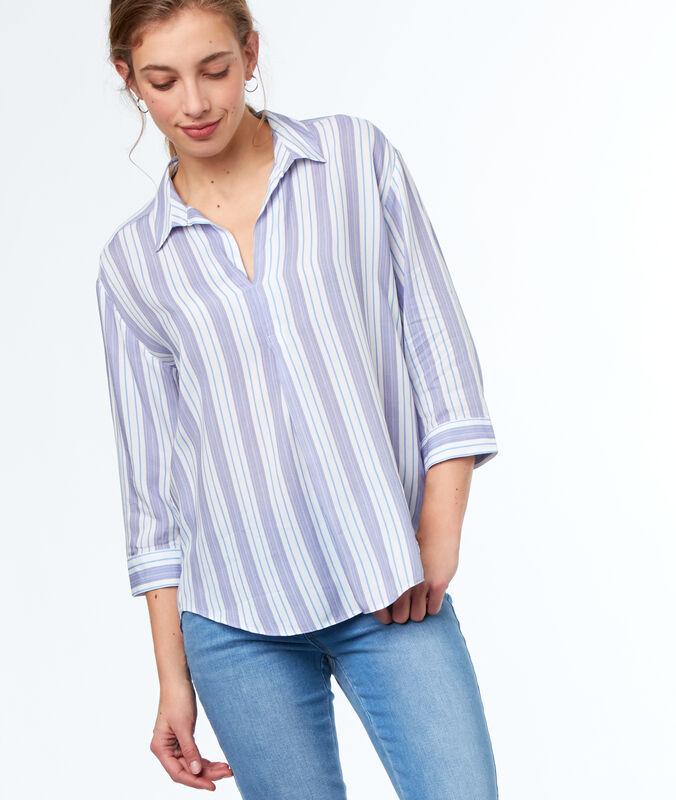 Chemise à rayures écru.